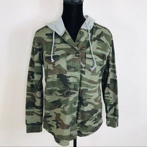 New Look Camouflage Hooded Jacket Size Small